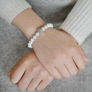 Set of Bracelet & Pin